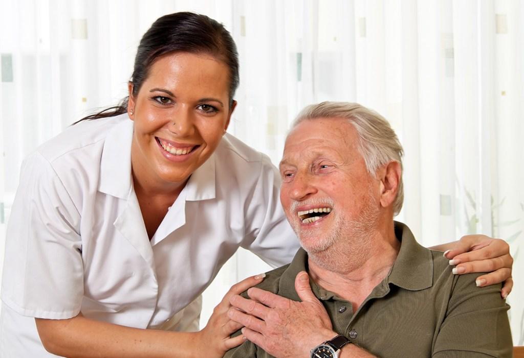 Assistenza anziani Vercelli: come star vicini ai propri cari nel modo migliore
